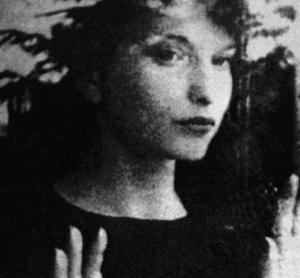 Martina Kudlácek - en el mirall de Maya Deren
