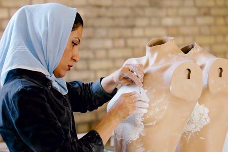 Firouzeh Khosrovani - tall en sec