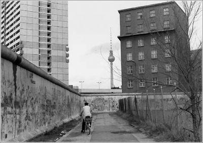 Ulrike Ottinger - Compte enrere
