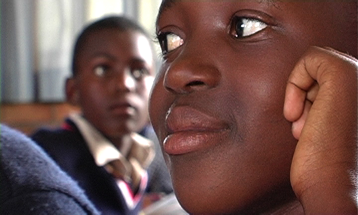 Wanjiru Kinyanjui, Bridget Pickering, Ingrid Sinclair - África es nombre de mujer